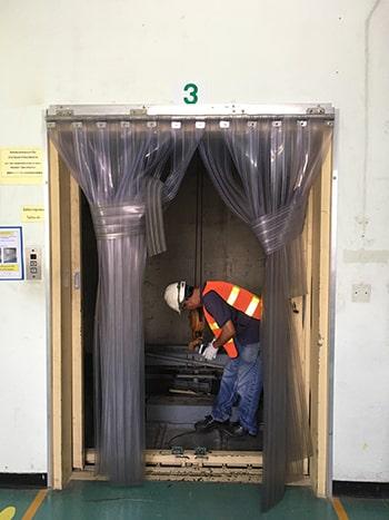 ติดตั้งลิฟต์ขนของโดยทีมงาน kp factory crane and lift